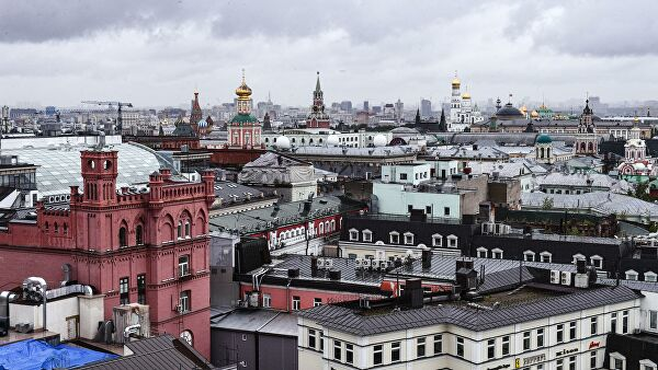 Оборот предприятий торговли и услуг в Москве в июле вырос почти на 13%